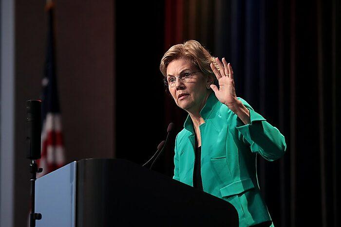 Elizabeth Warren speaks to Iowa AFL-CIO