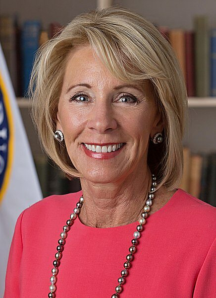 Ed Secretary Betsy DeVos official picture