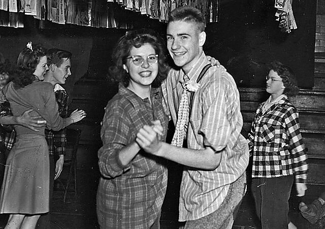 Media Name: 640px-high_school_dance_ohio_1941.jpg