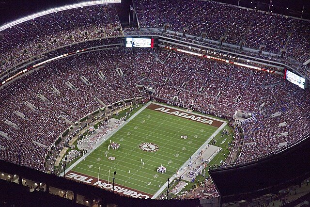 Media Name: aerial_view_of_the_university_of_alabama_football_stadium_tuscaloosa_alabama_lccn2011646783.tif_.jpg