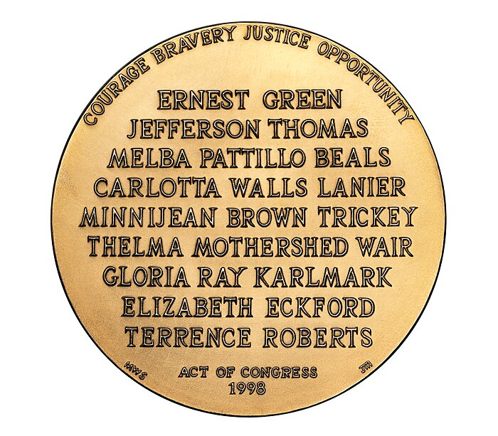 Media Name: little_rock_nine_congressional_gold_medal_reverse.jpg